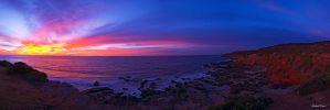 Caves Beach Sunrise by robertvine