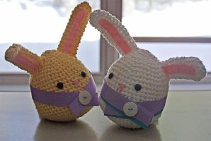 Amigurumi bunnies by LucieG-Stock