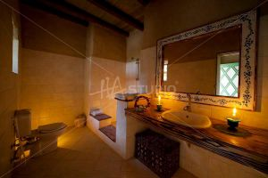 Taziry Bathroom by Hastudio
