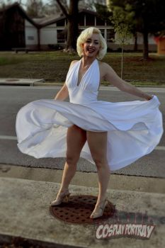 Marilyn Cosplay Portray by Tris-Marie