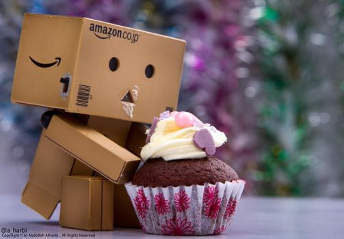Danbo ~ Cup cake by Aharbi