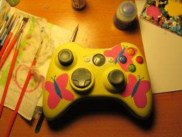 Fluttershy Cutie Mark xbox controller by Hurley-Burley-Alters