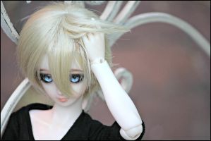 .BJD - Bright eyes by manservant-merlin