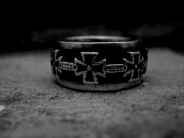 Ring Of Crosses Iron by King-Cond