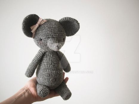 Elly the crochet elephant by kittyvane