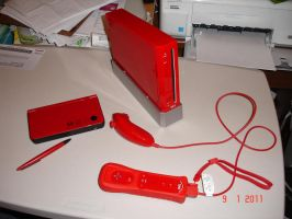 Exclusive Red Wii and DSiXL by MasterMario90