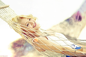 Hyoyeon Party Wallpaper by Rizzie23