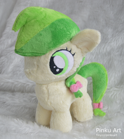 Apple Fritter Filly plush by PinkuArt