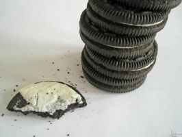 How to Eat Your Oreos v2 by Shamasii