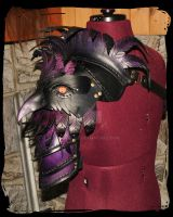 Crow leather pauldron by Lagueuse