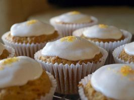 Vegan Carrot Cupcakes by oomad