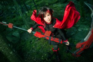 RWBY : into the emerald forest by xrysx