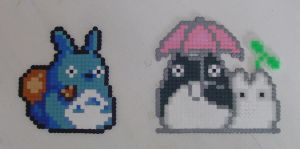 Hama Beads - Totoro by acidezabs
