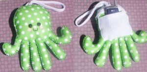 Little Spotty Octopus Wristlet by RyuuseiHime