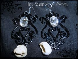 Victorian earrings with skulls by Cristineorkan