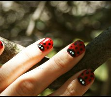 Red Lady Nails by GrotesqueDarling13