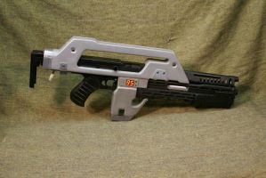 Pulse rifle Kit un painted by Matsucorp