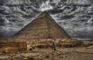 the Great Pyramid by wolfreen