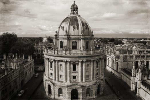 Radcliffe Camera by elenaayis