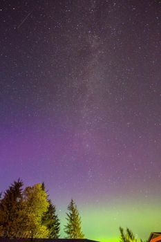 Milkey Way and Northernlights by Flameholder