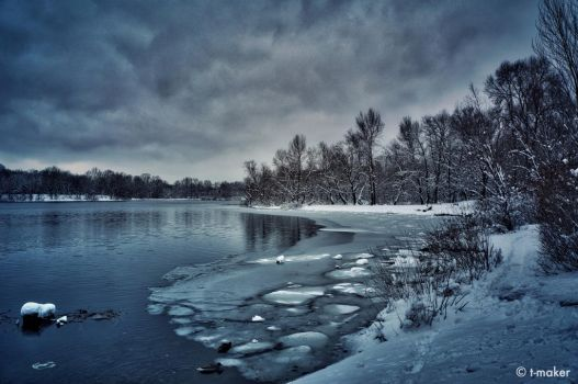 The Coldness of Winter by t-maker