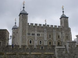 The White Tower of London by rlkitterman