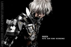 Cosplay Raiden from Metal Gear Rising : Revengence by hermanstudio