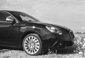Giulietta by TLO-Photography