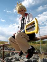 Roxas - On The Verge by wingedlight