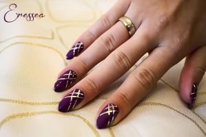 Purple nails with silver tape by eresseayesta