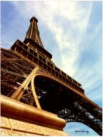 Eiffel Love by funk26687