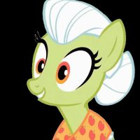 Granny Smith Young to Old Animation by PinkiePizzles