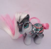 My little pony custom mehndi Brinda by AmbarJulieta