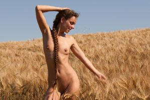Nadine L Adore 1 by ubufoto