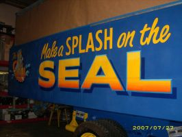 Seal Bus graphics by MuralsbyLeBold