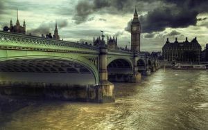 Storm Approaching.. by fbuk