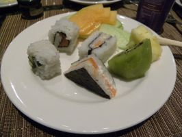 Triangle sushi by RiverKpocc