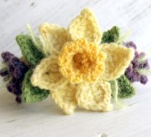 Crochet Daffodil Bracelet with Violets by meekssandygirl