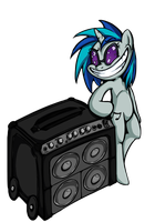 Vinyl Scratch got a sweet bass by Senselesssquirrel