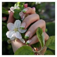 Nail Art: Green Spring by ginkgografix