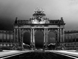 Imposing Arch by Smaragd01