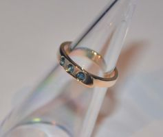 Gold ring with sapphires by timjo