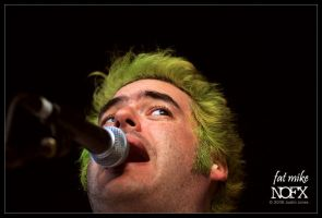 fat mike - nofx - 02 by digimatte