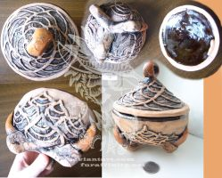 Clay claw webbed box by Drerika