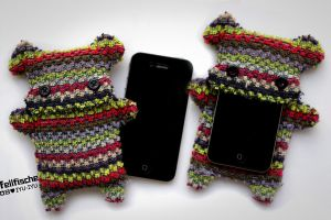 Fellfische Cellphone Case - GIVEAWAY JUNE 2012 by IYU-IYU