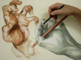 My hand drawing a hand... by EduardoSouza