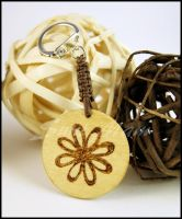 Keychain C knotted with phyrography decoration by SuniMam