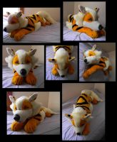 Arcanine Cuddle Attack Now by Sariti