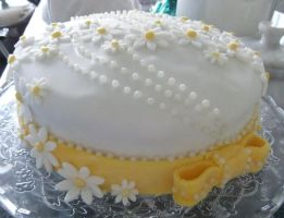 Daisy cake by S-y-c