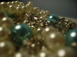 pearls06.stock by wet-ground-stock